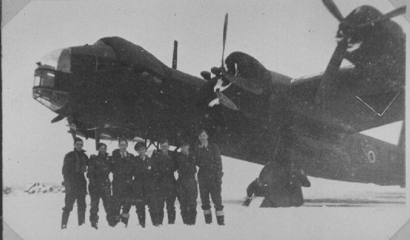 Short Brothers Stirling LK236. Date unknown circa Winter 1944/5, location probably RAF Tempsford.